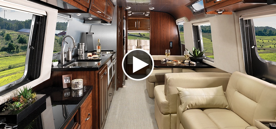 4 Foot Led Lights >> The New 33-foot Classic Travel Trailer | Airstream