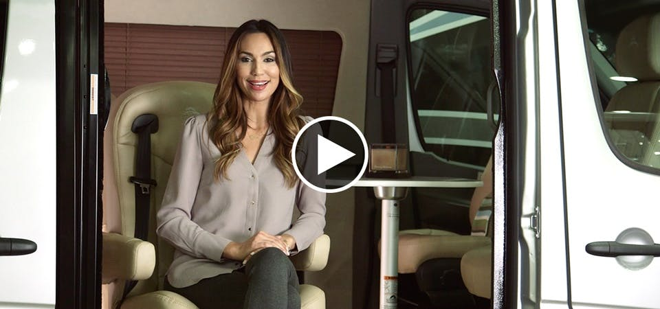 Airstream Spotlight: 2017 Tommy Bahama Special Edition Interstate Touring Coach