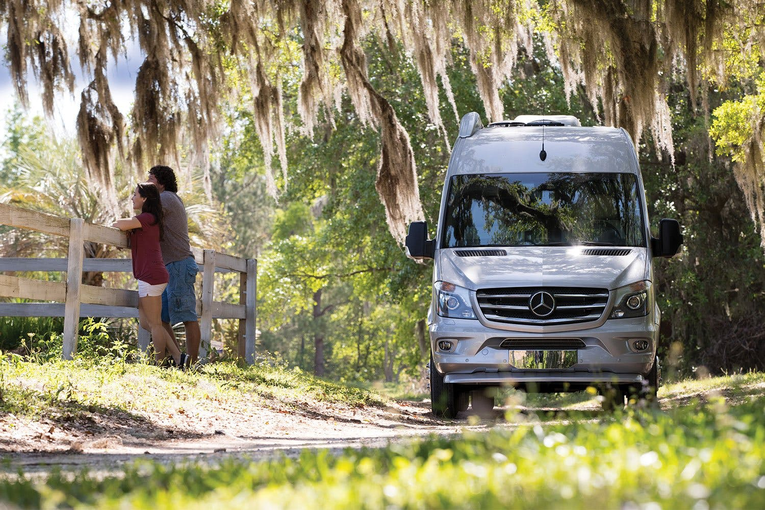 Airstream Interstate 2018 4 Wheel Drive and Air Suspension