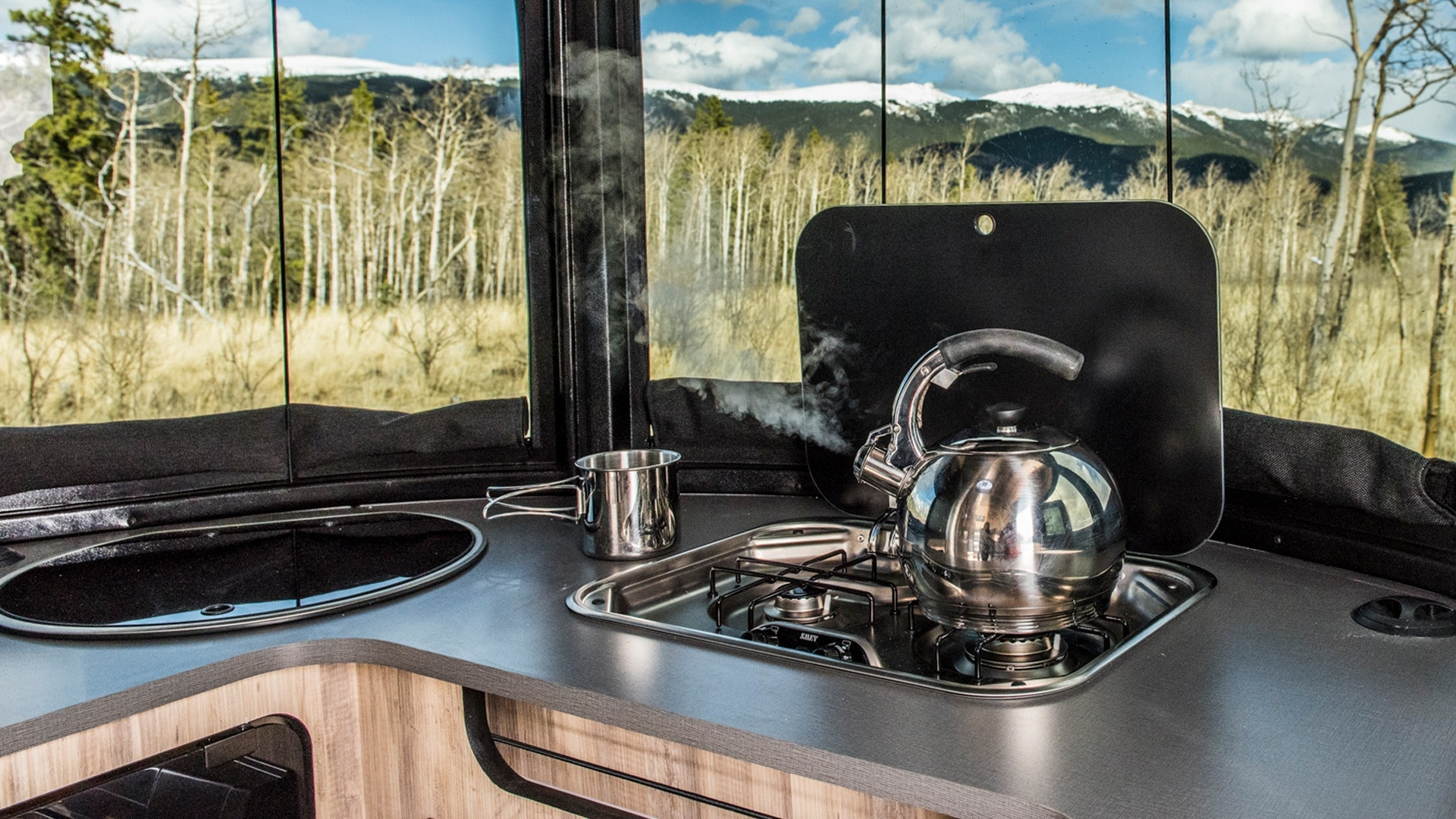 Basecamp-Sub-Features-SimpleContent-Kitchen-2-SinkStove