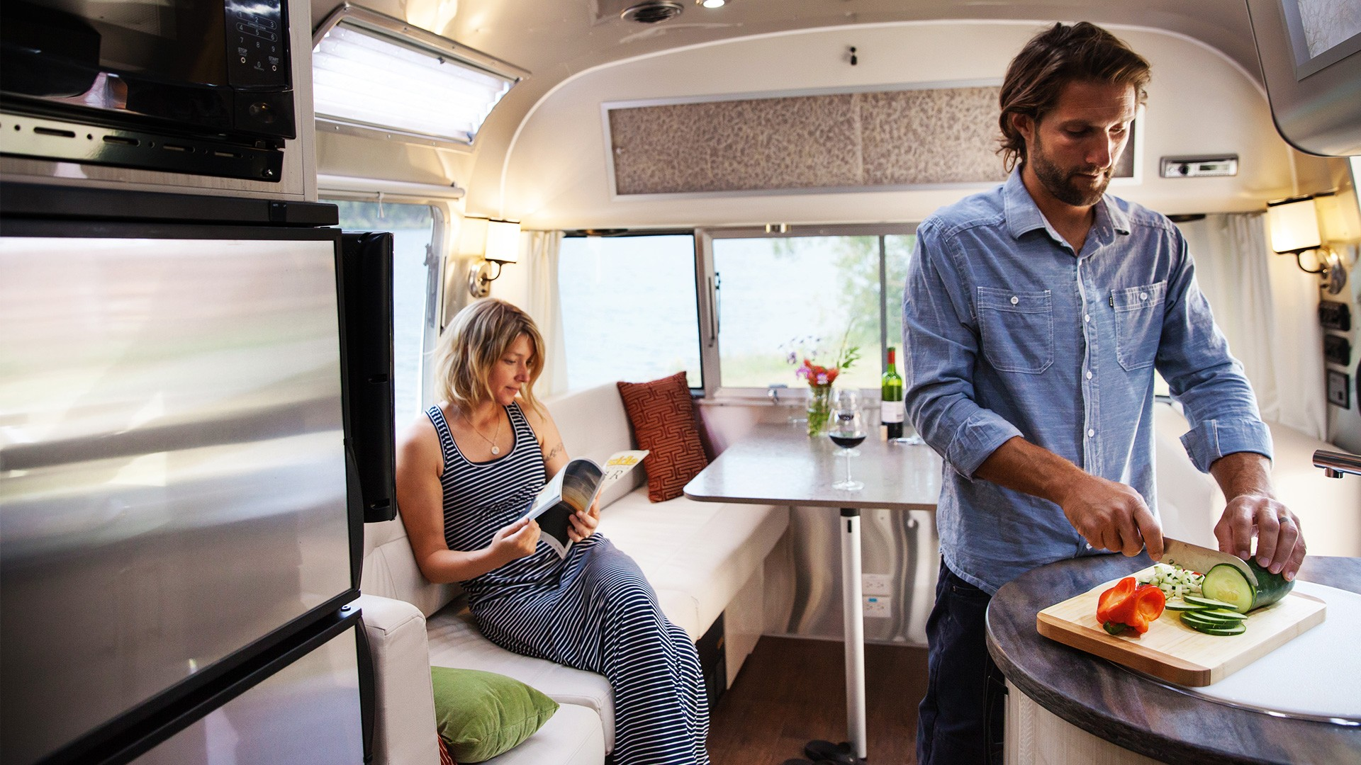 Table D Appoint Cuisine 2020 airstream international serenity