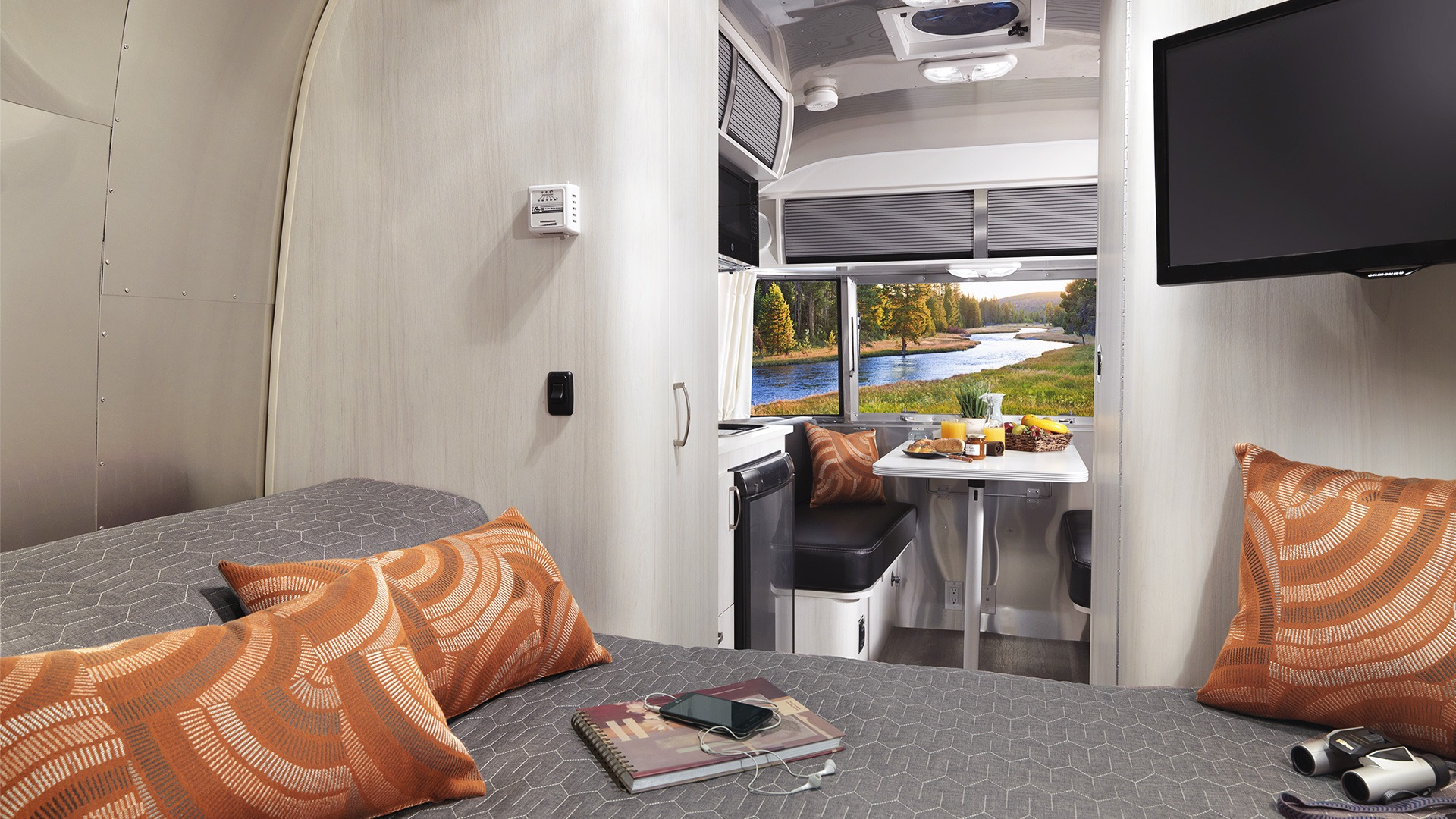 Sport | Travel Trailers | Airstream