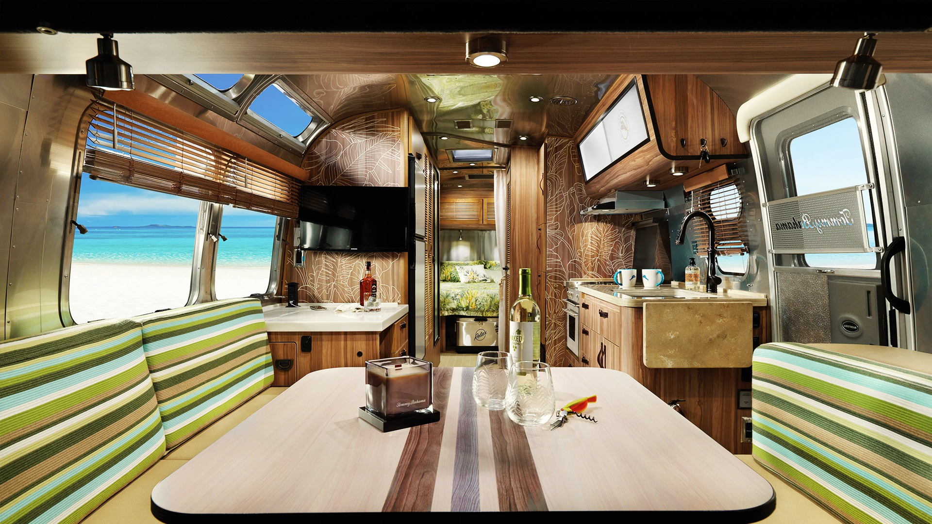 Airstream Travel Trailers >> Tommy Bahama Special Edition Travel Trailer Airstream