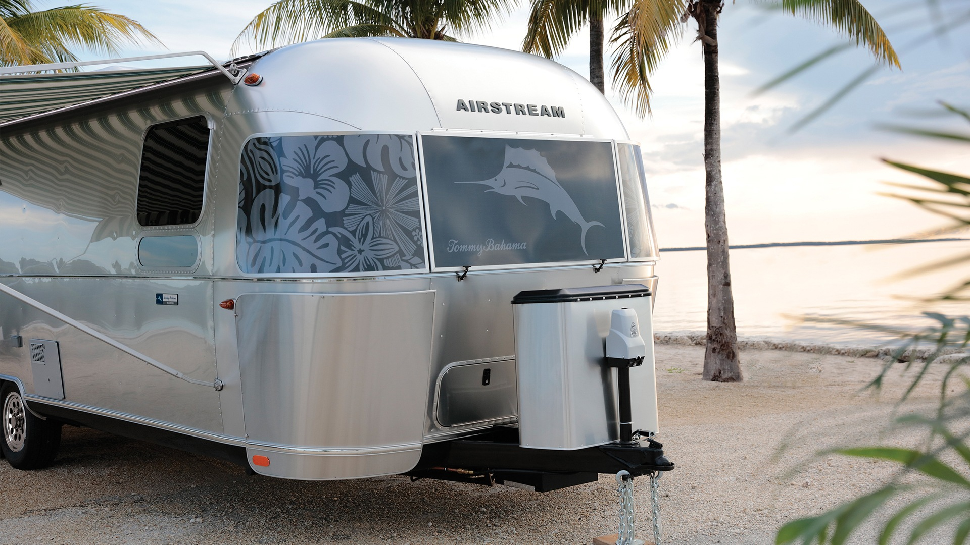 Airstream For Sale Bc >> Tommy Bahama Special Edition Travel Trailer Airstream