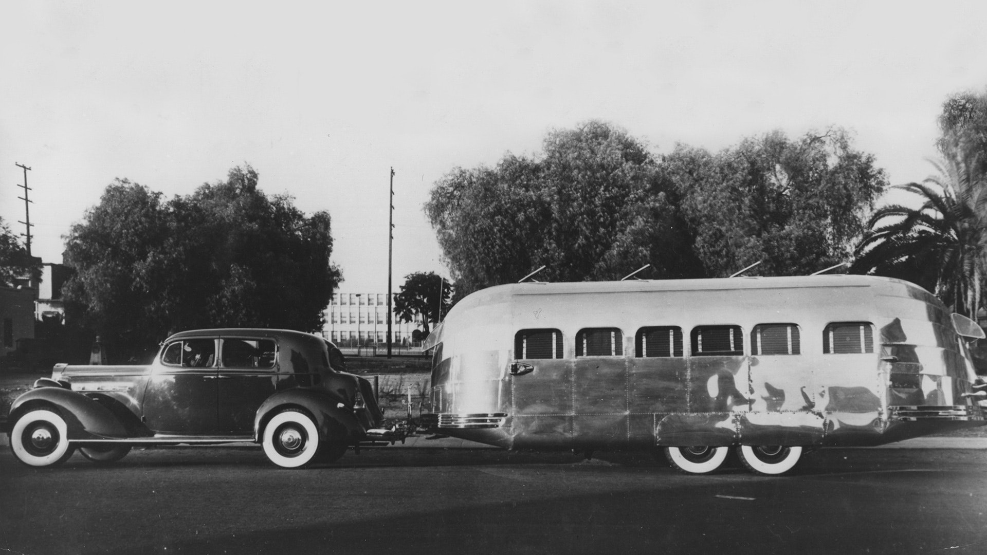 Wally-Byam-Airstream-history-1936-clipper