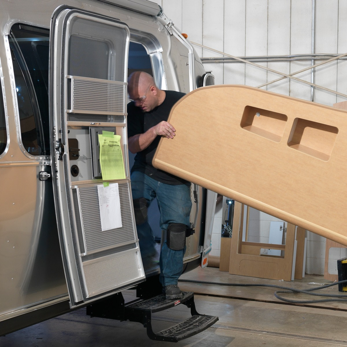How It's Made: Travel Trailers | Airstream