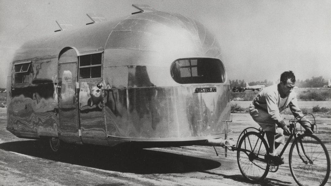 wwII airstream liner model