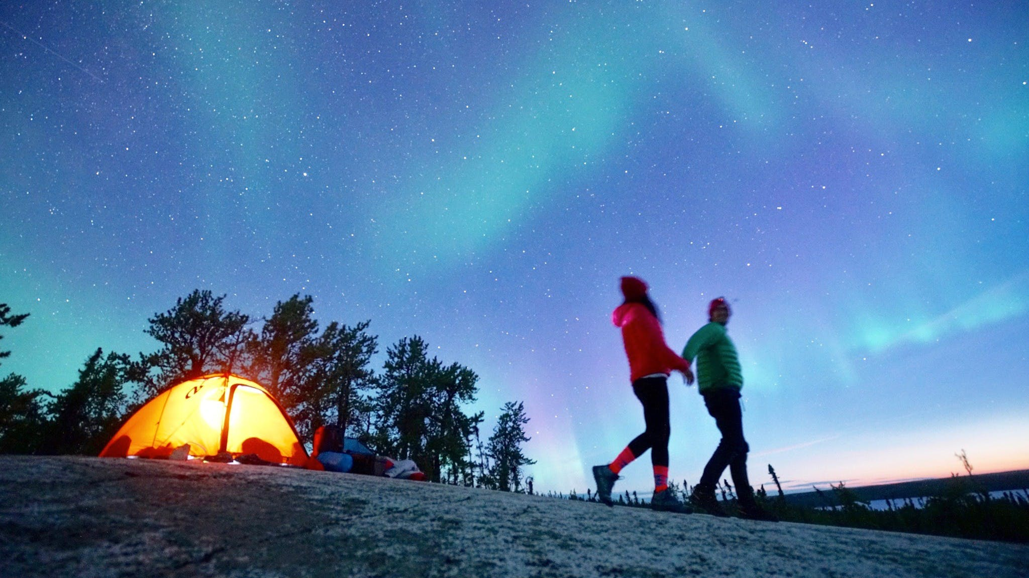 Roberto and Bella Gibbons Northern Lights Camping
