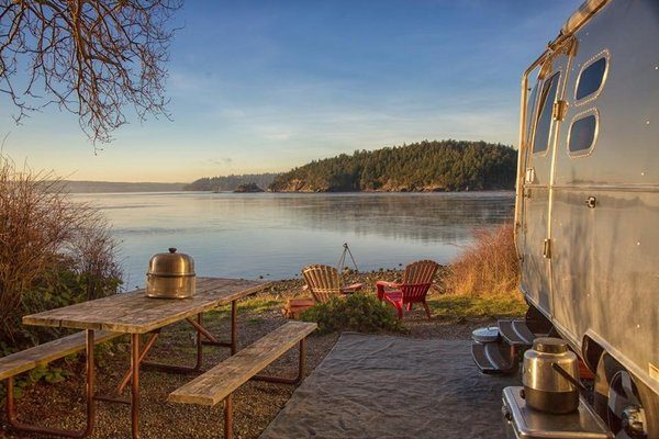 Airstream Camping Best Location Lake Table Travel Trailer