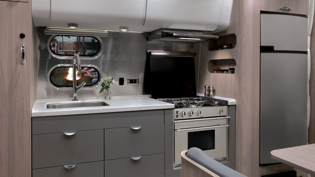 Globetrotter 23FB Kitchen