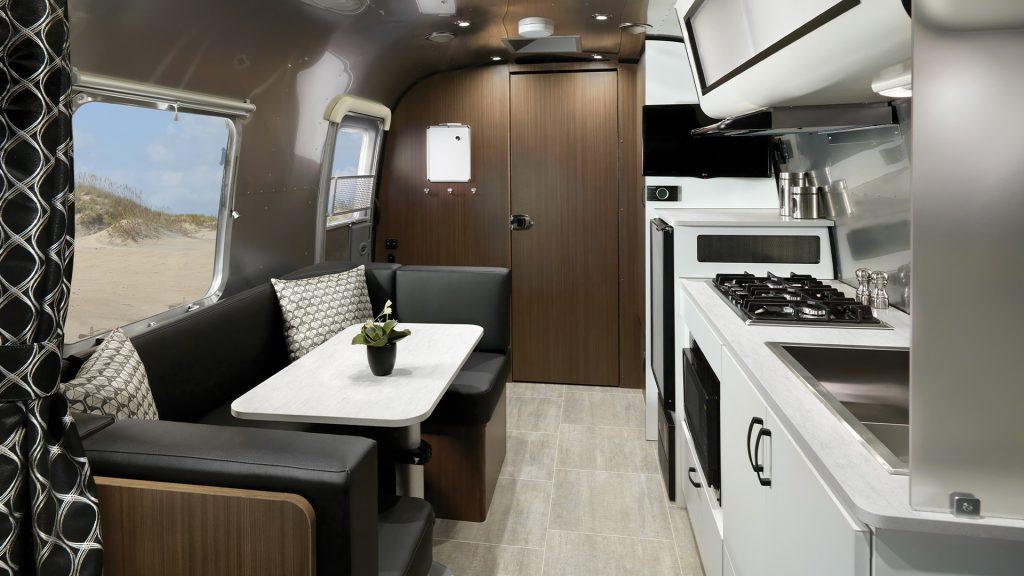 Caravel 22FB Interior