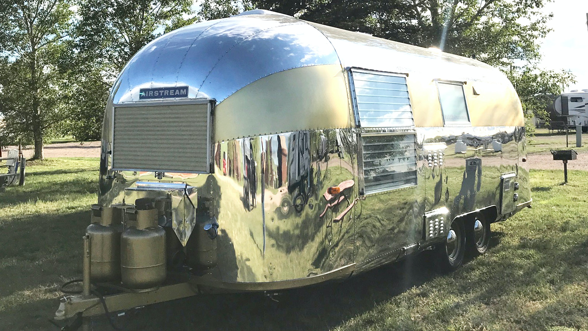 From #1 to #29187: the Origin of Airstream Numbers | Airstream