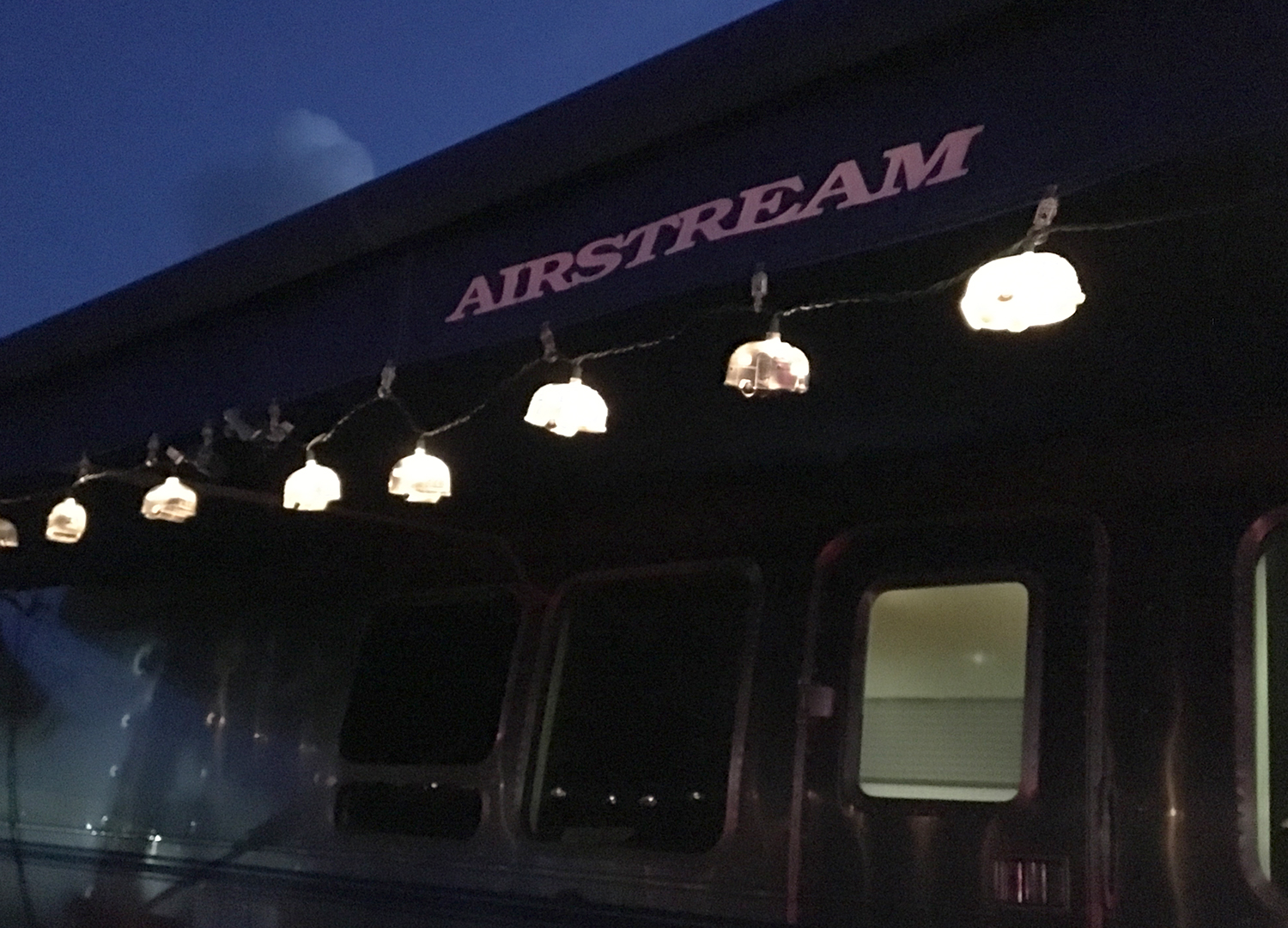 Airstream-Travel-Trailer-Awning-Lights
