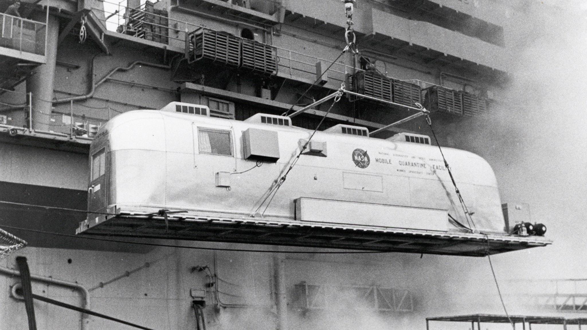 Mobile-Quarantine-Facility-Airstream-Loading-on-Ship
