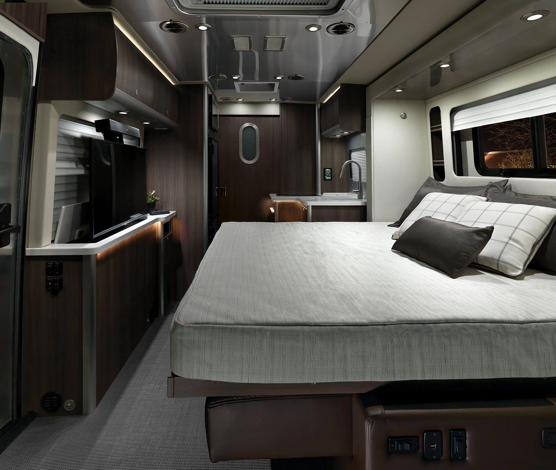 2020 Atlas Interior F2B Refined Brown Bed WEB