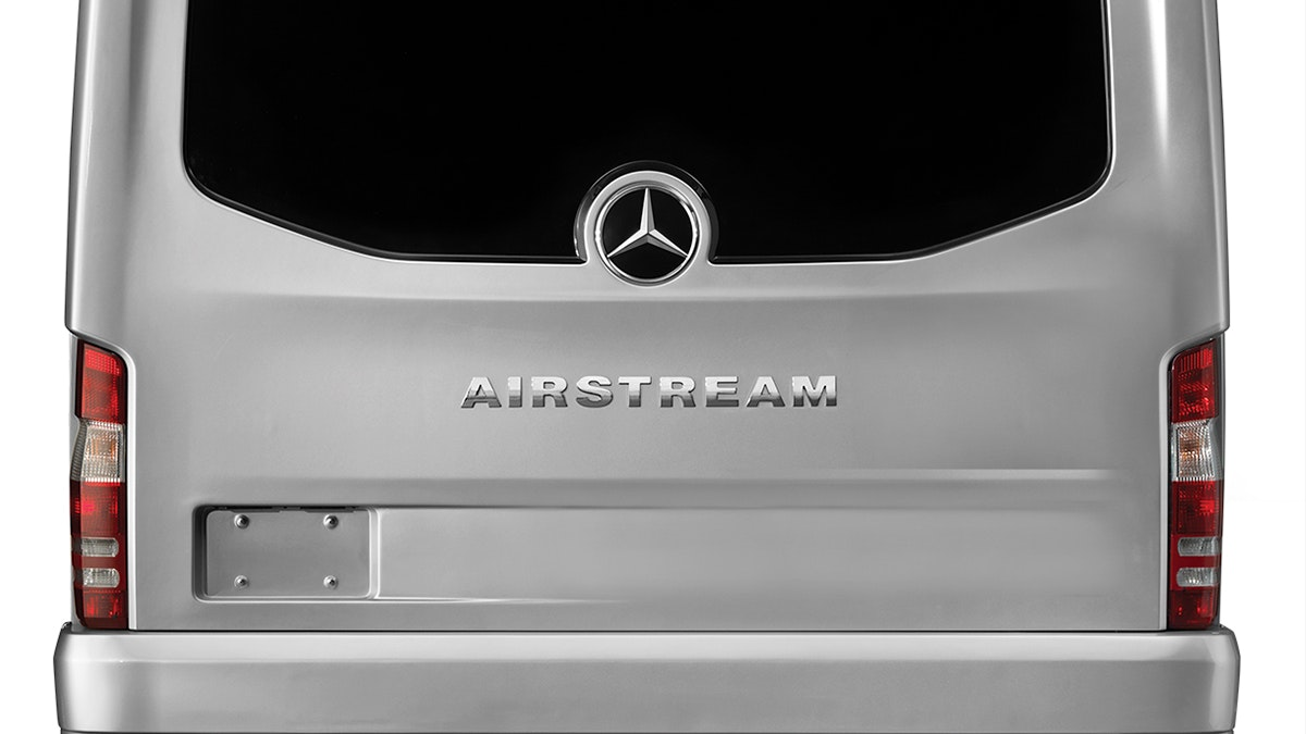 Airstream-Atlas-MY2020-Rear