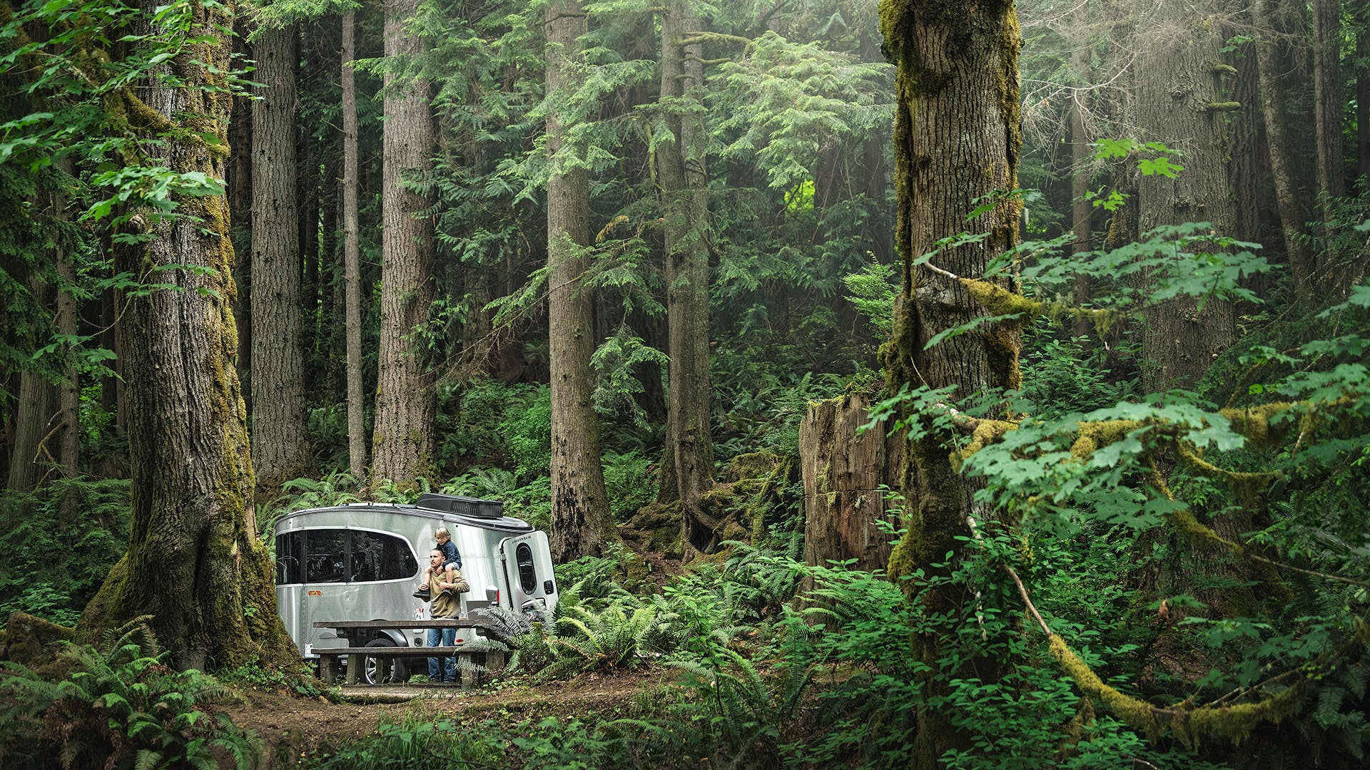Airstream-Basecamp-Features-Page-Main-Image-2