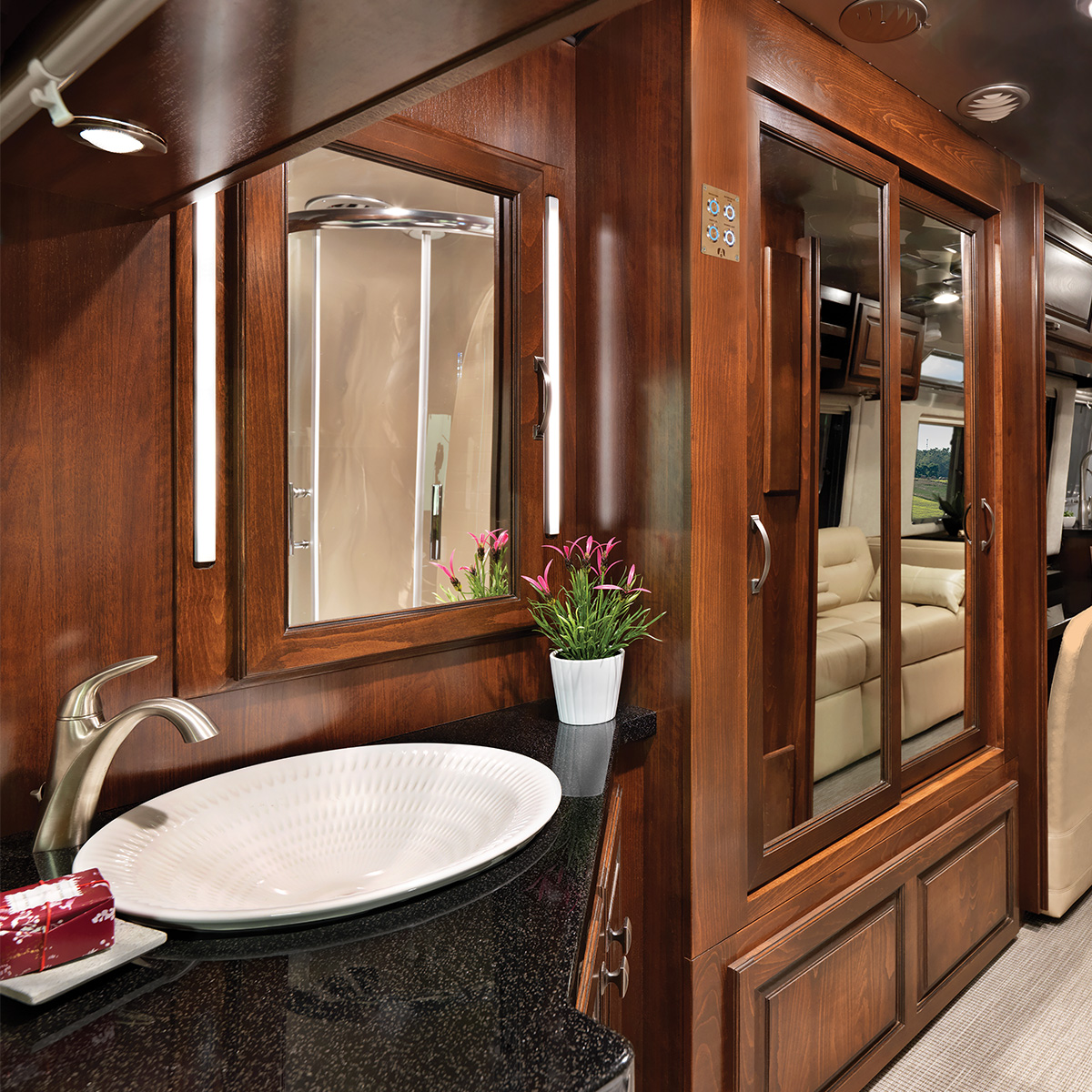 Classic 33fb Floor Plan Travel Trailers Airstream