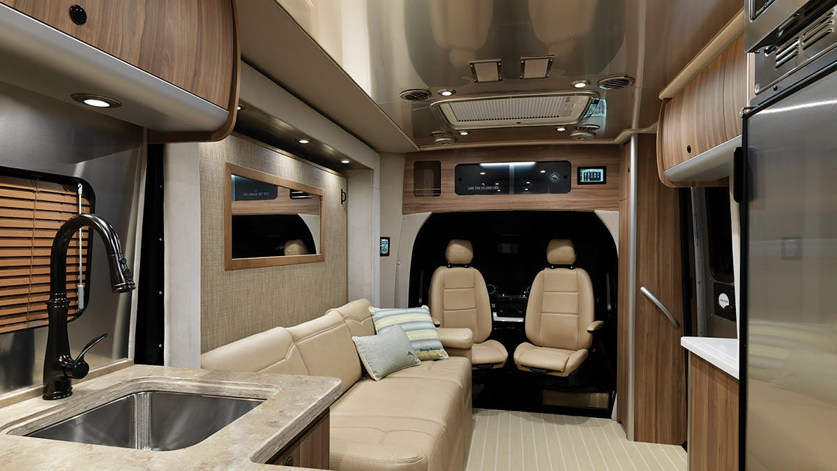 Airstream-Tommy-Bahama-Interior-Photo-B2F