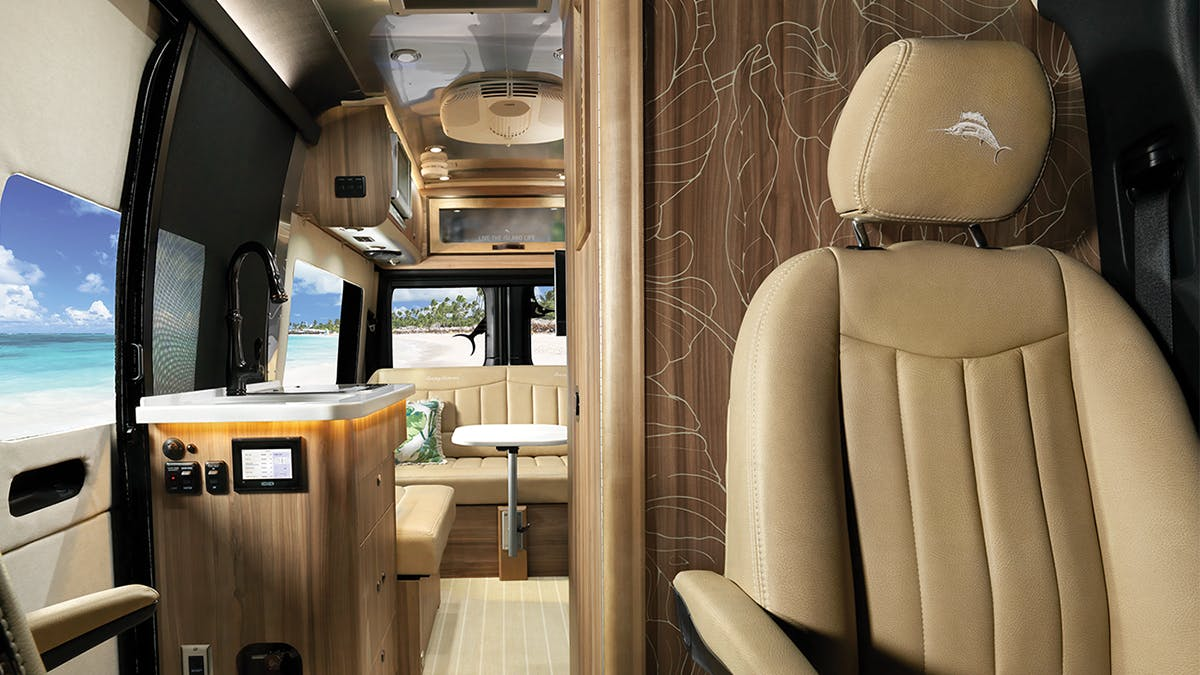Airstream-and-Tommy-Bahama-Interior-Graphics-Mobile