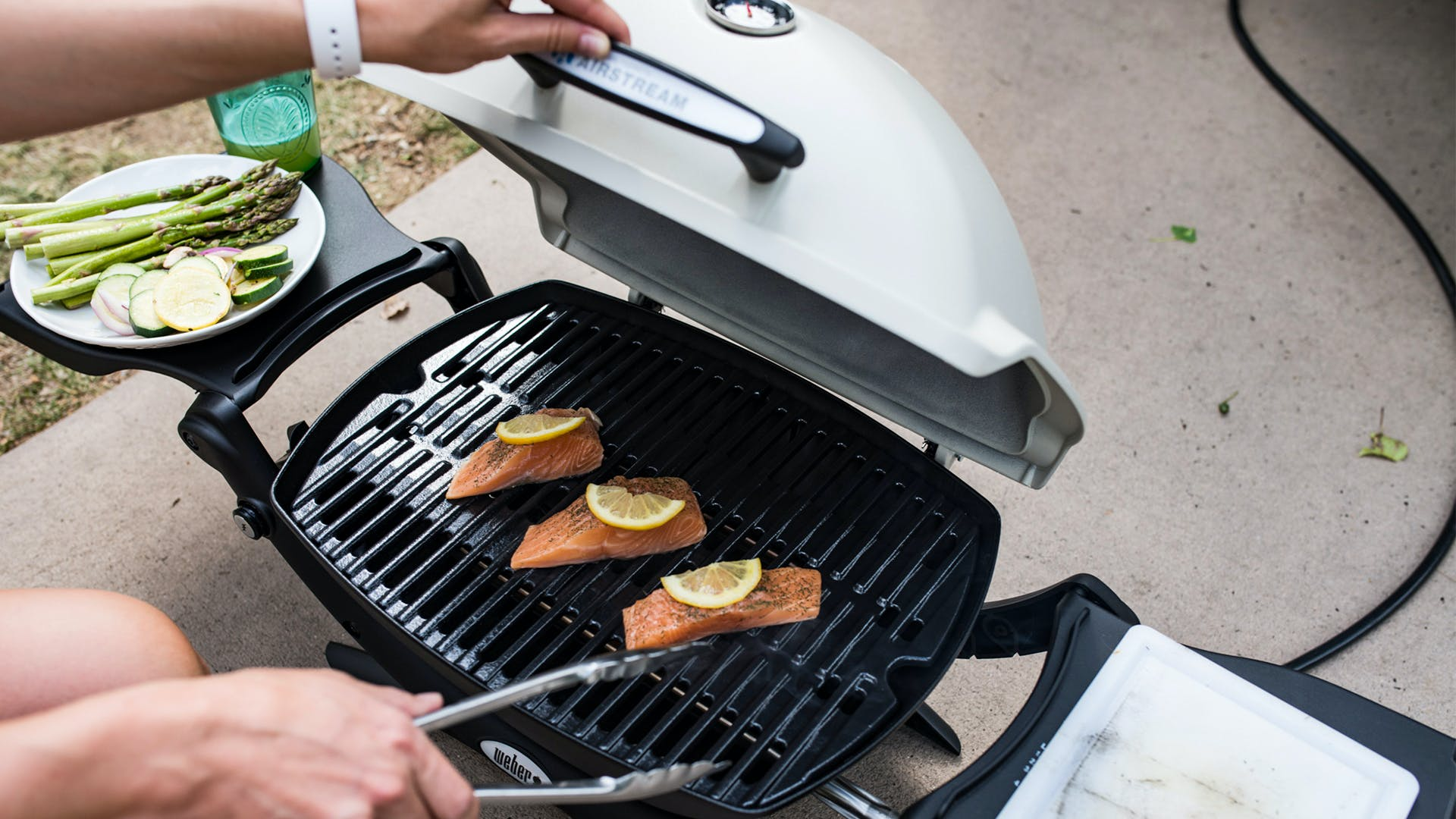 Weber-Airstream-Grill-Compatibility-and-Hose
