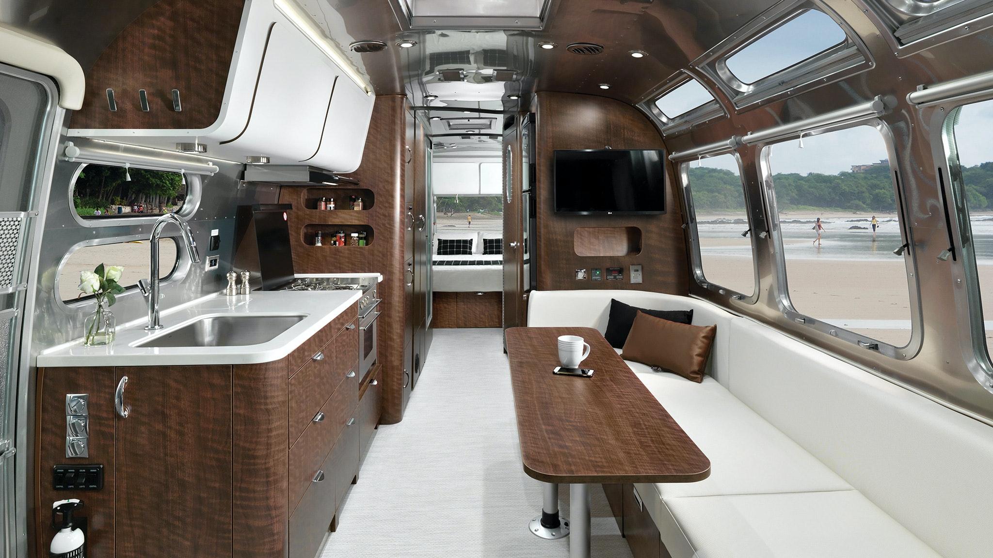Airstream 30RB Interior Globetrotter