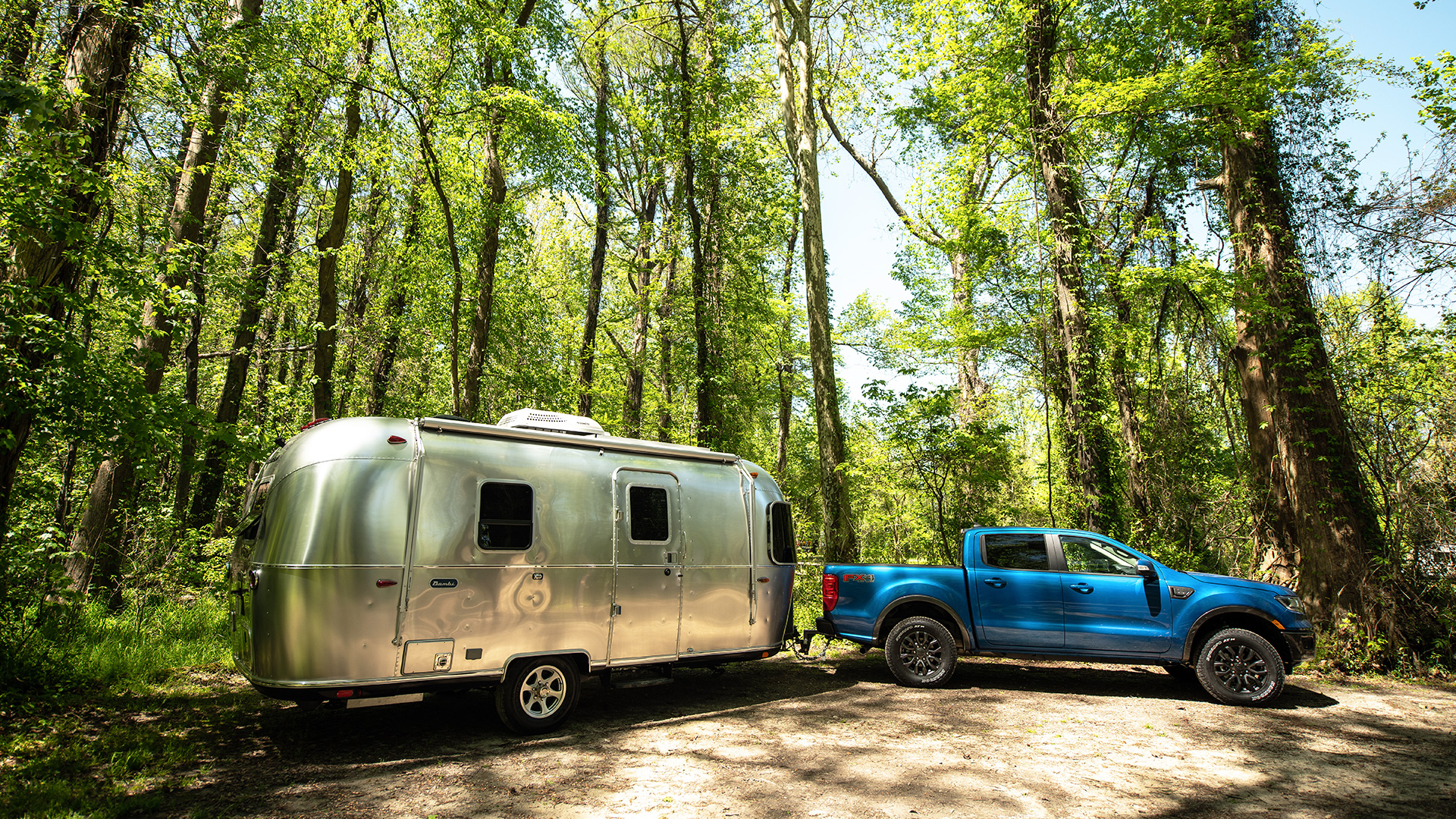 Airstream-Bambi-Lifestyle-and-Ford-Ranger