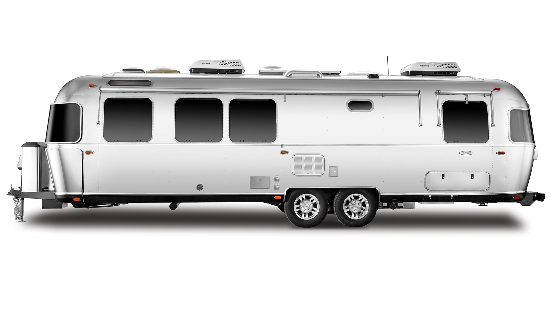 Airstream-Classic-30RB-Exterior-Street-Side