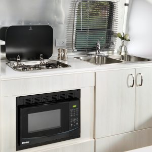 Bambi-Kitchen-and-Cooktop