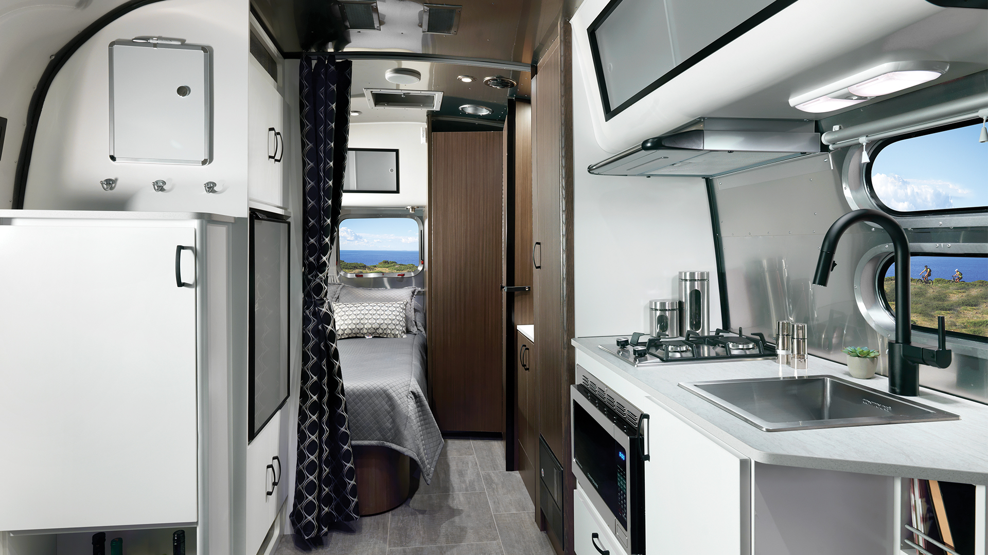 Airstream-Caravel-19CB-Floor-Plan-Kitchen-and-Bed-Interior