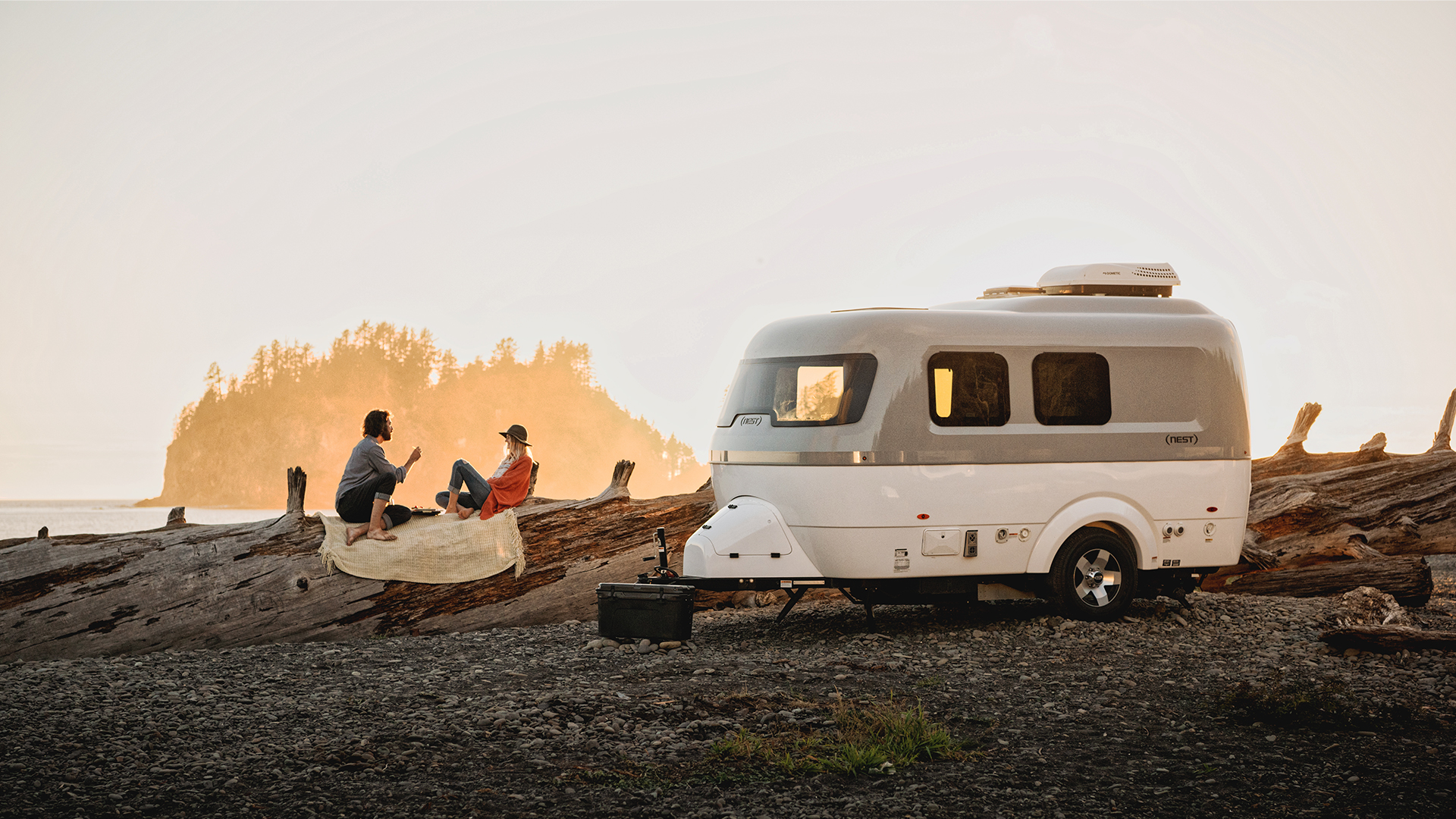 Airstream-Nest-Lifestyle-with-Couple