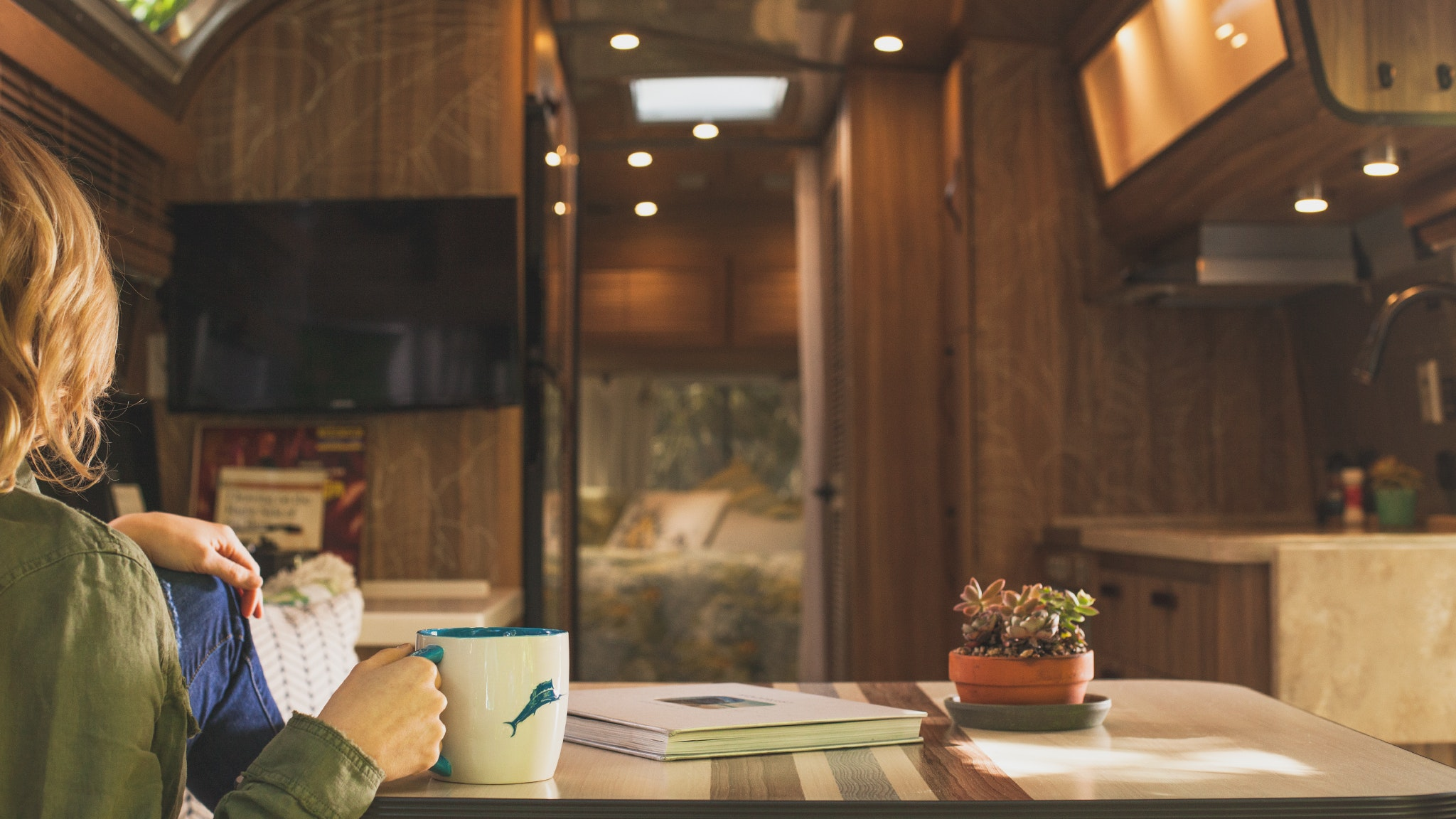 Airstream-Cleaning-and-Disinfecting-Interior-Desktop-Header