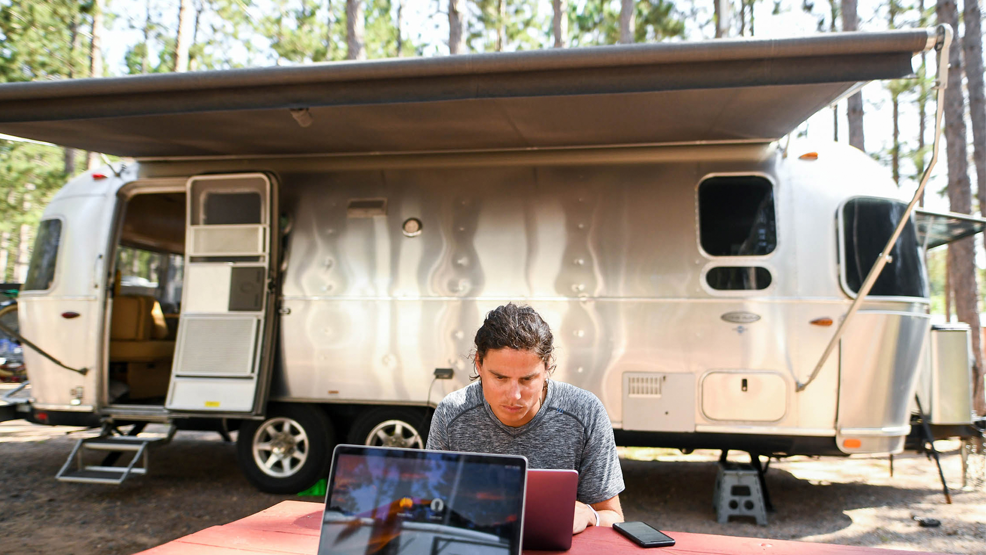 Airstream-work-from-home-travel-trailer