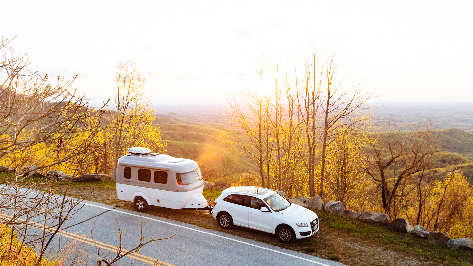 Nest-by-Airstream-Design-Mountain-Road