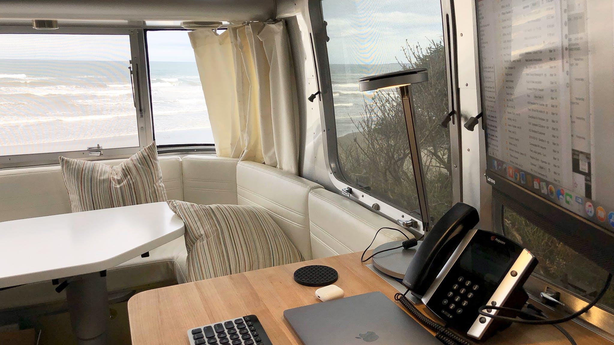 airstream-ambassador-tips-for-working-remotely-blog-header