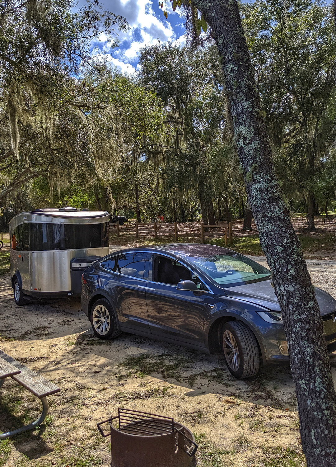 Airstream-Basecamp-and-Tesla-Model-X-Campground