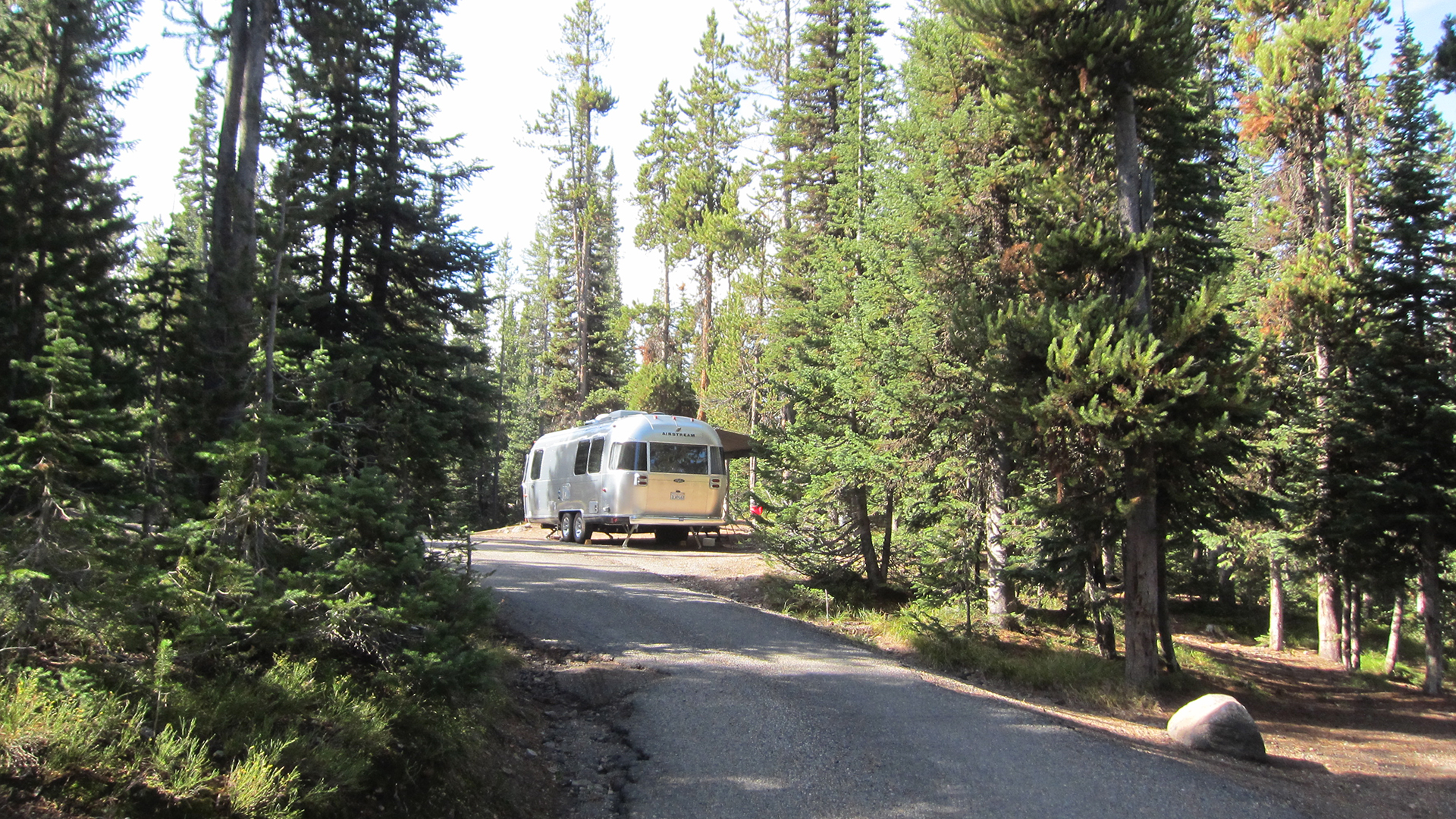 Lewis-Lake-Campground-Airstream