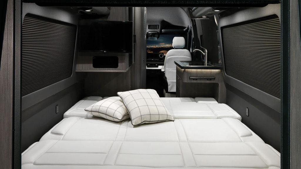Airstream Interstate Nineteen Lux White Interior