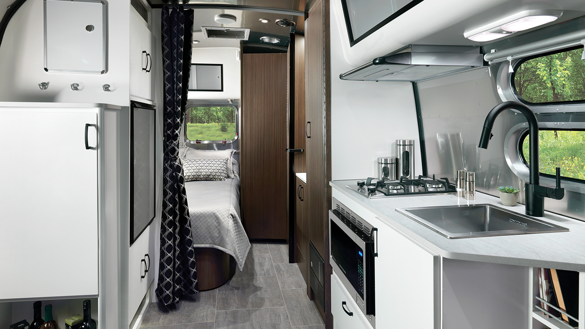 Gallery Caravel Travel Trailers Airstream Interior And Exterior Pictures