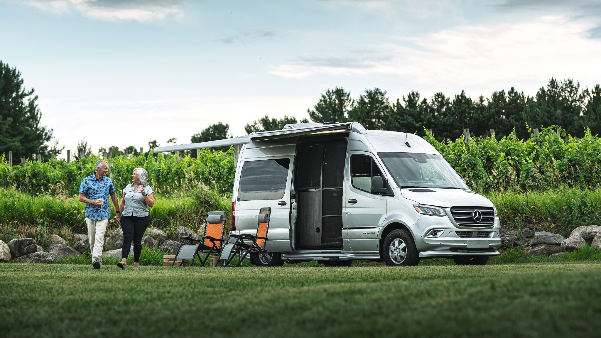 Airstream-Interstate-19-Luxury-Class-B-RV-Motorhome-Web-Header