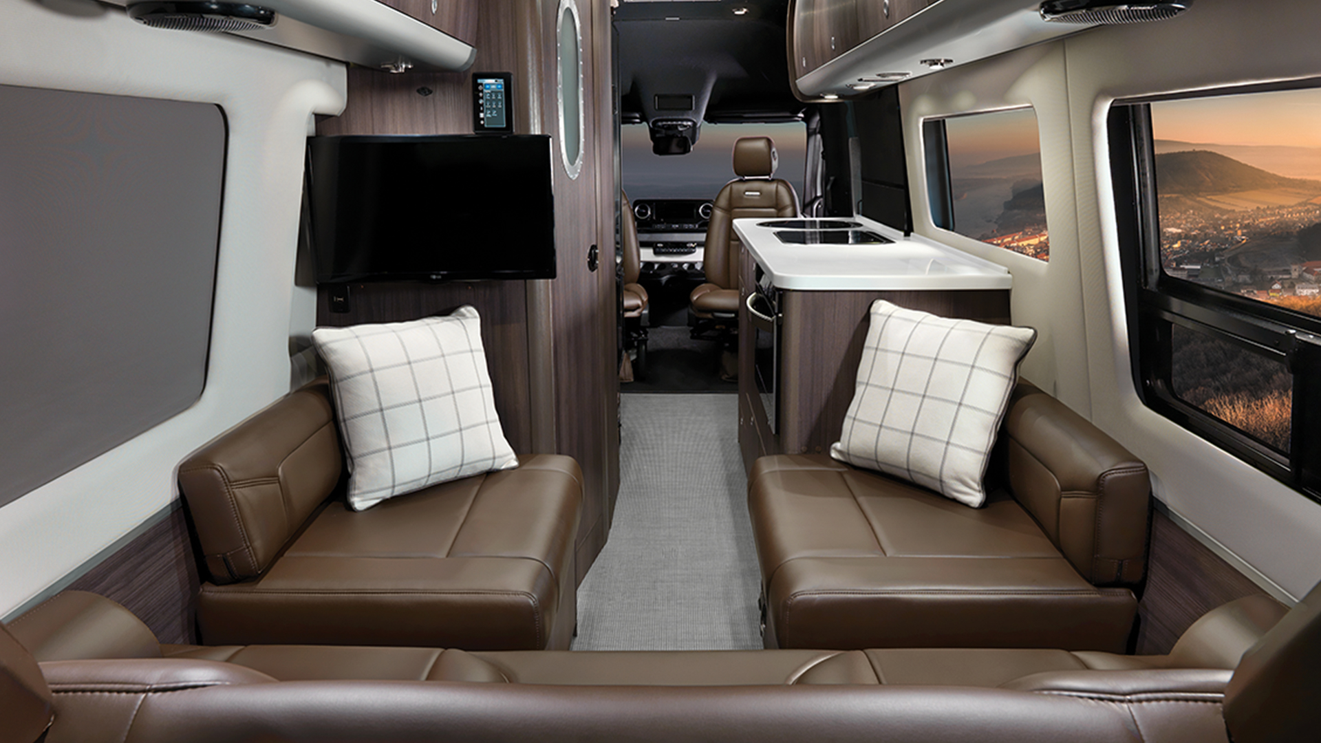 Airstream-Interstate-EXT-Grand-Tour-Best-in-Class-Feature
