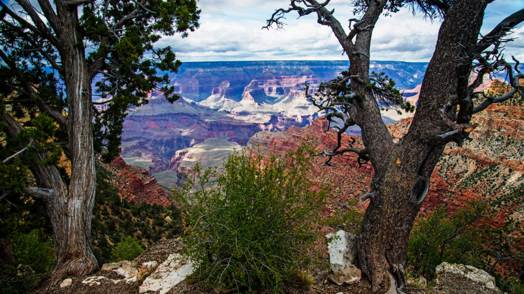 Airstream-Portable-Park-View-of-the-Grand-Canyon