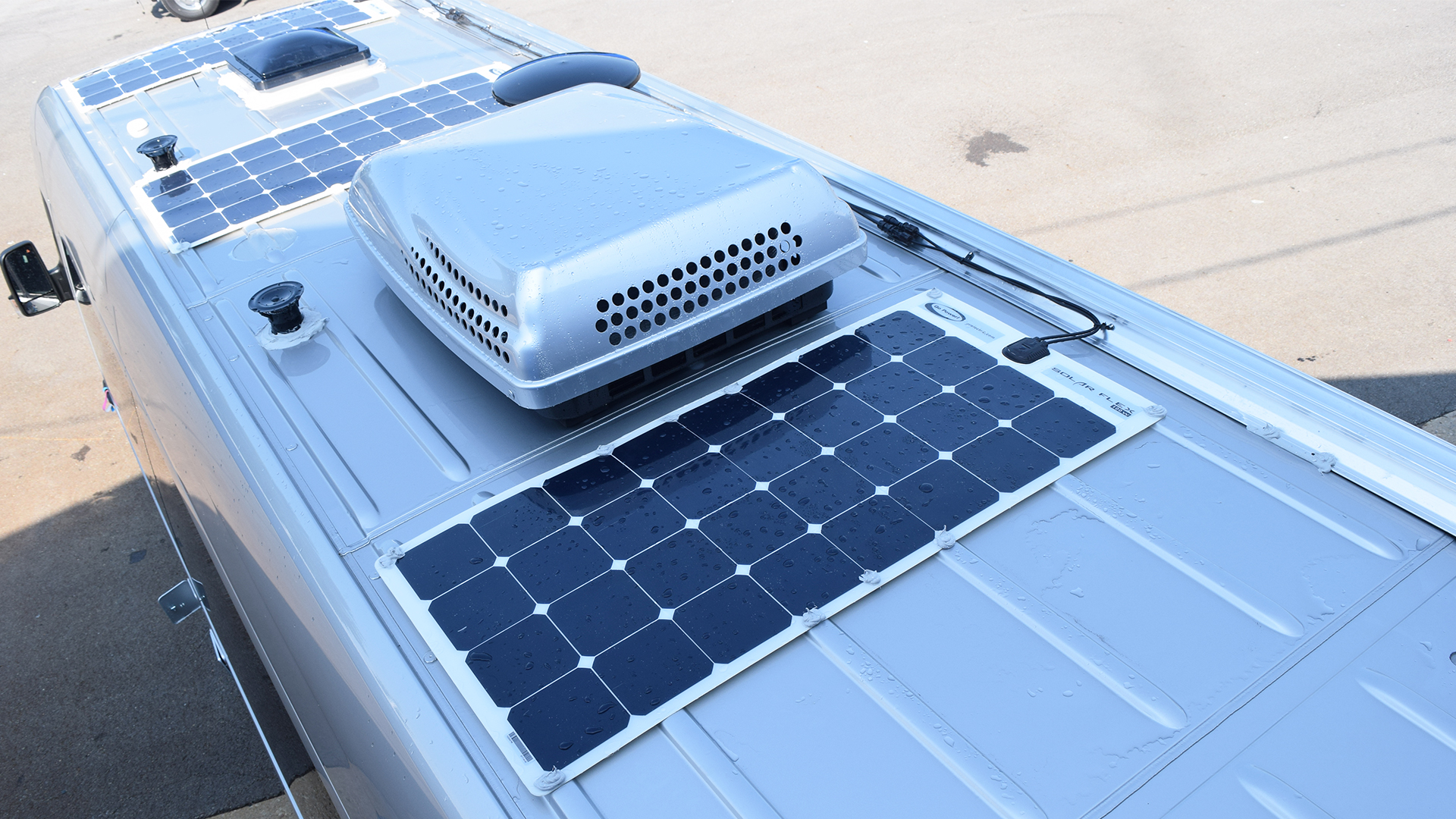 Airstream-Touring-Roof-Solar-Panels