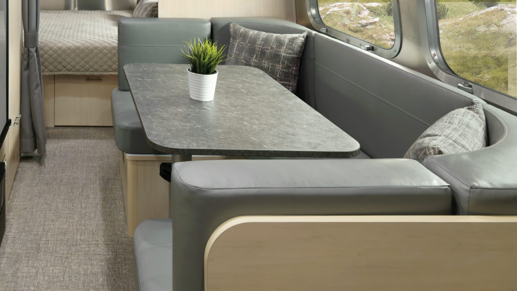 2021-Airstream-Flying-Cloud-Sunlight-Maple-Dinette-Feature-Hotspot-23FB