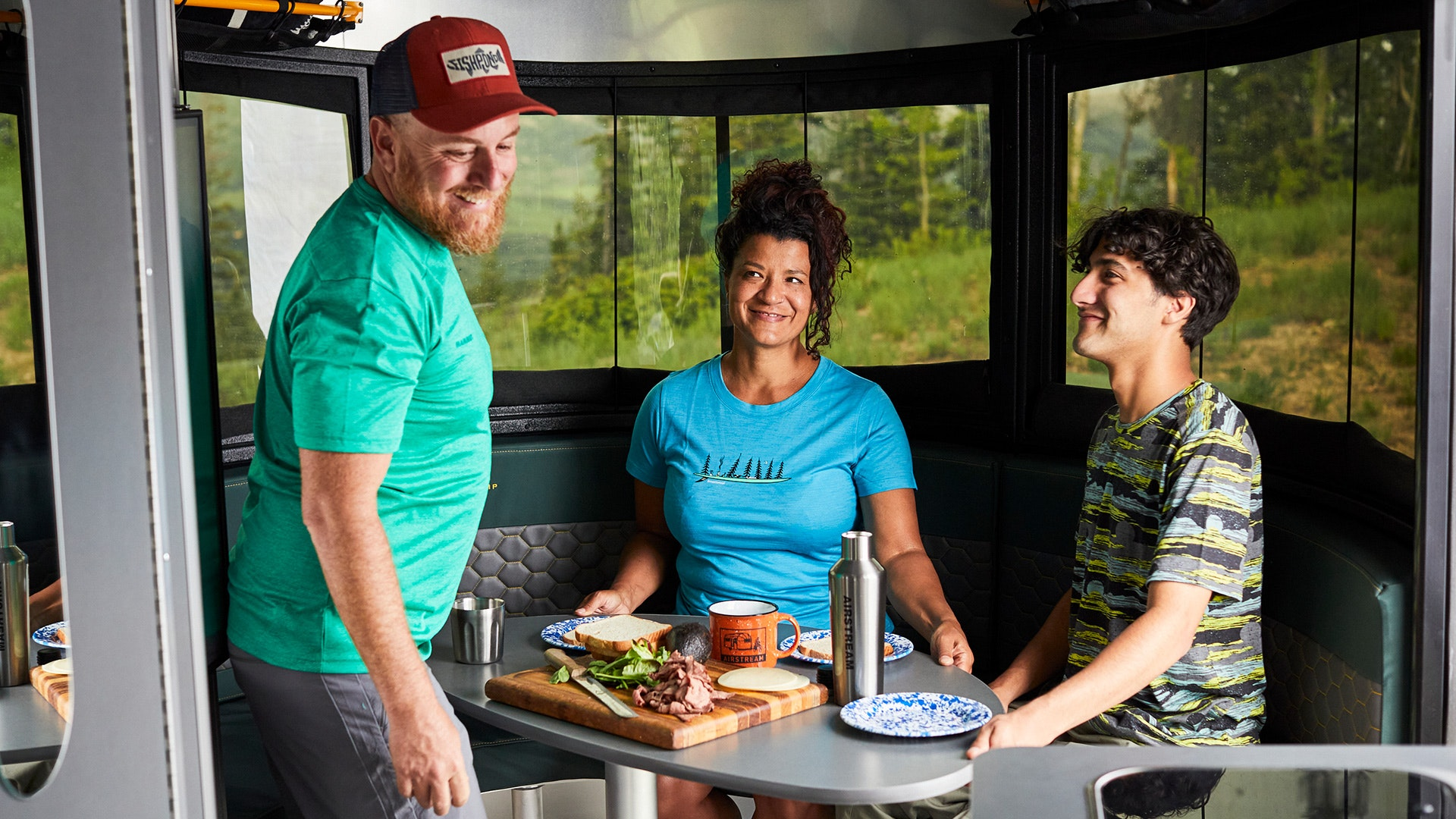 Airstream-Basecamp-20-Front-Dinette-Design-and-Access