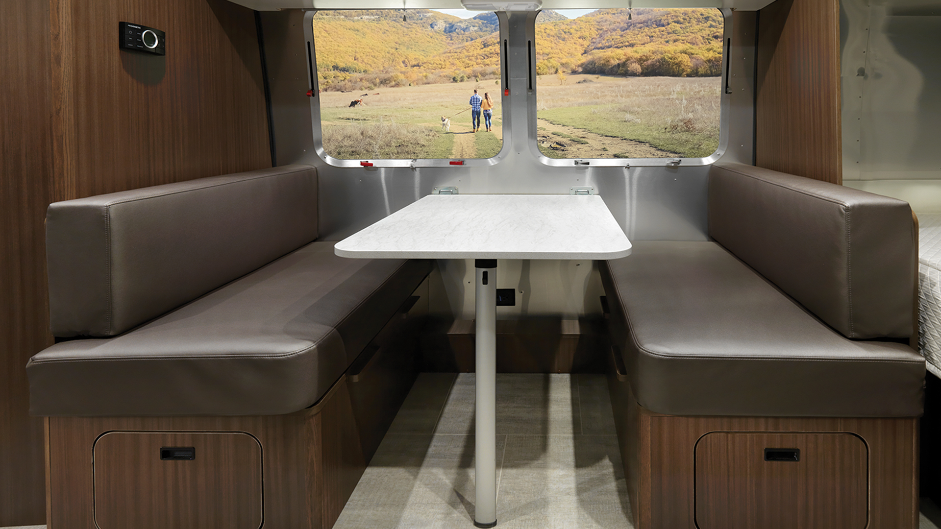 Caravel 20fb Floor Plan Travel Trailers Small Airstream Rv And Camper