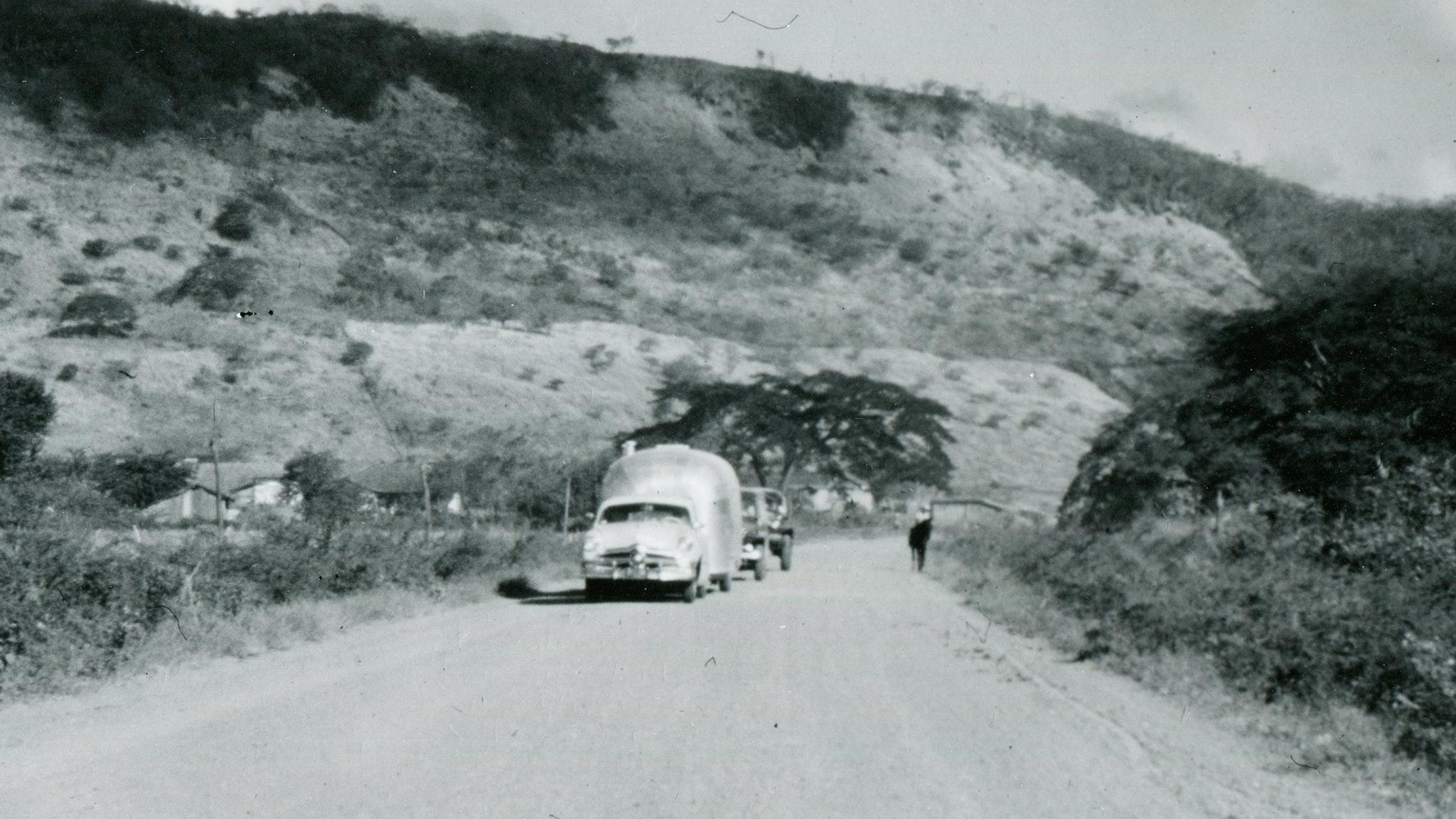 1951-1952-Mexico-Central-America-Caravan-Feature-PartIV