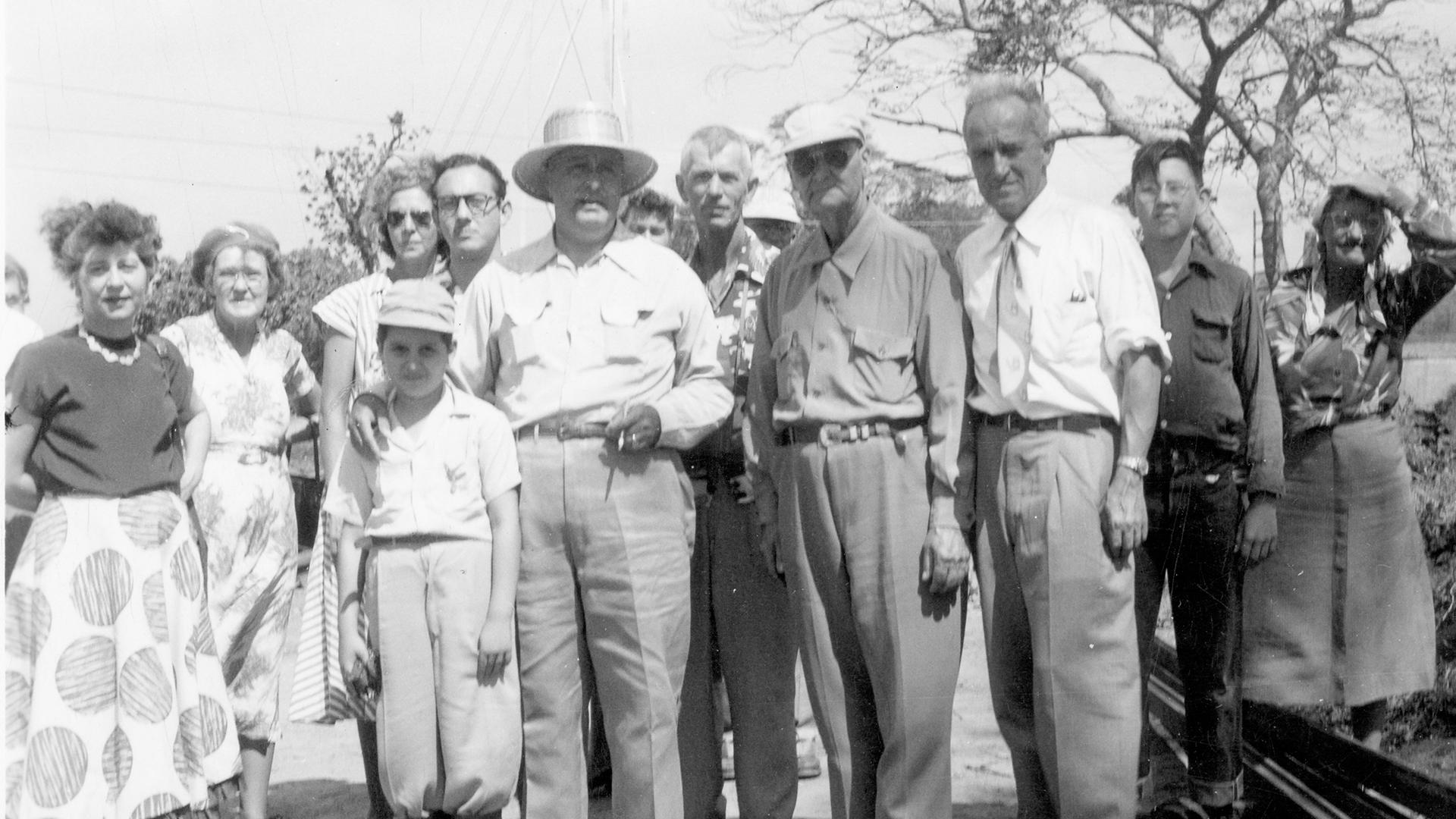 1951-1952-Mexico-Central-America-President-of-Nicaragua-Sugarcane-Plantation-Tour