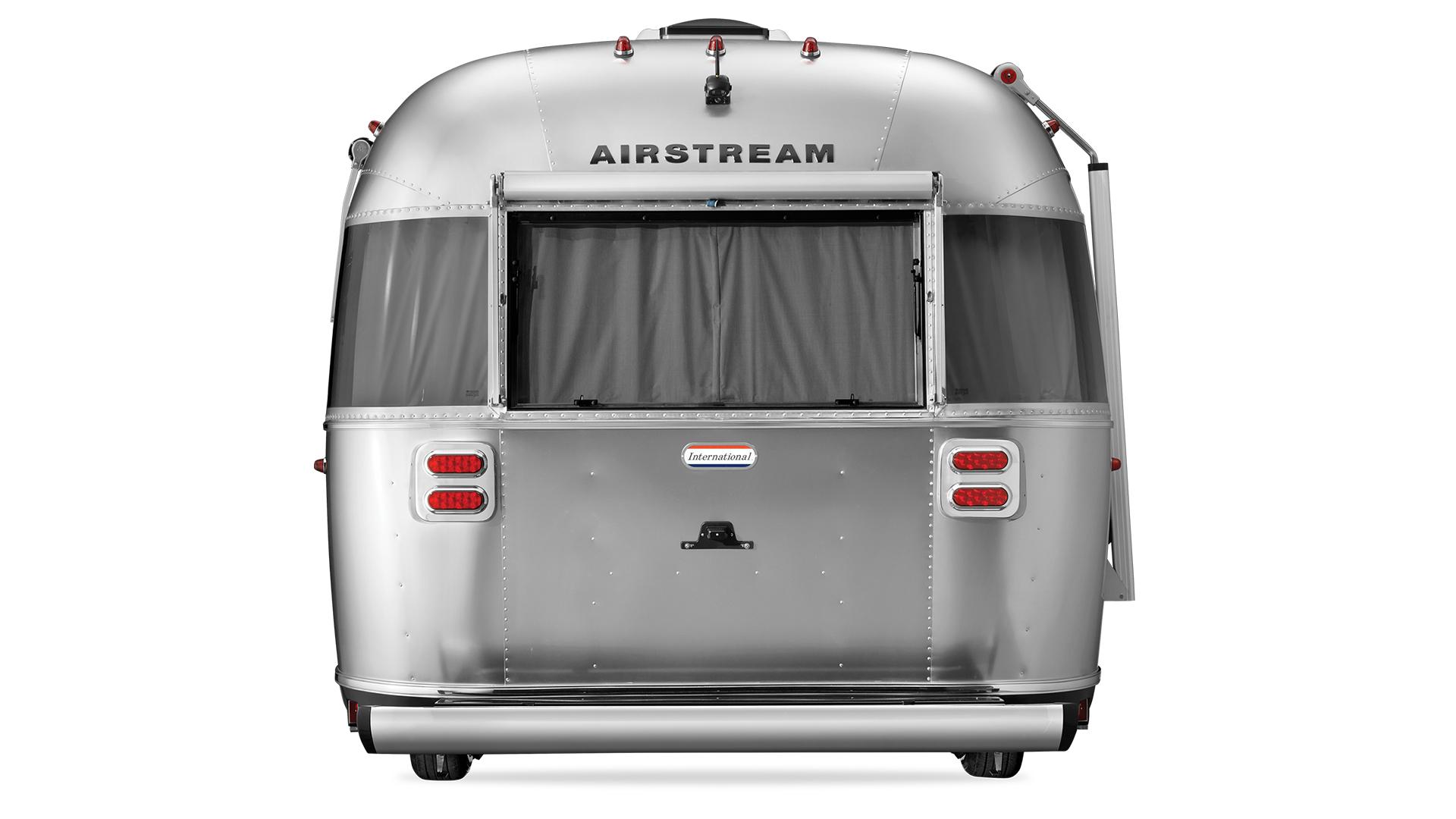 Airstream-27FB-Exterior-Rear