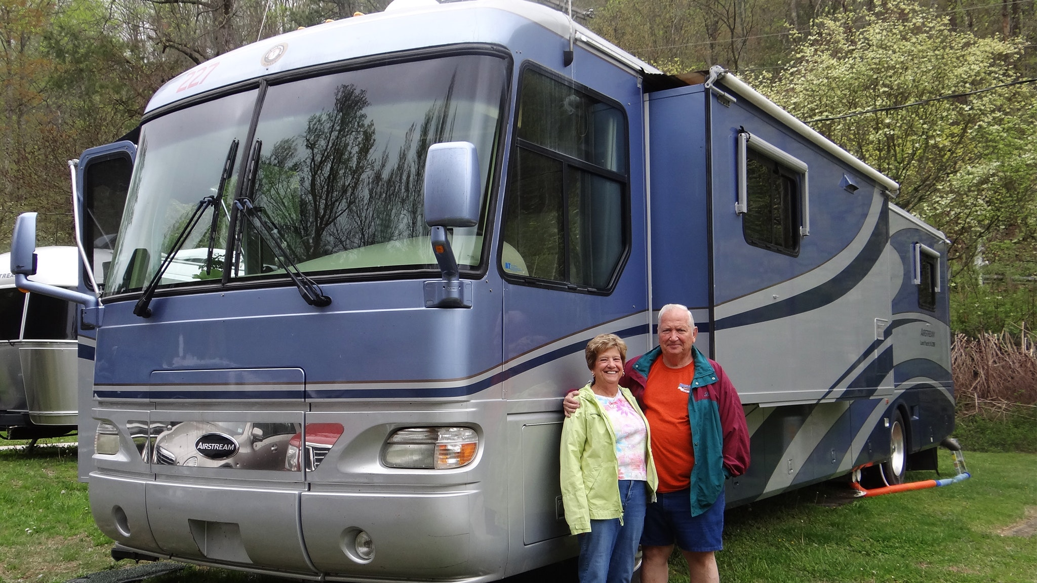 Barry-and-Karen-Bell-Airstream-Club-WBCCI-Motorhome